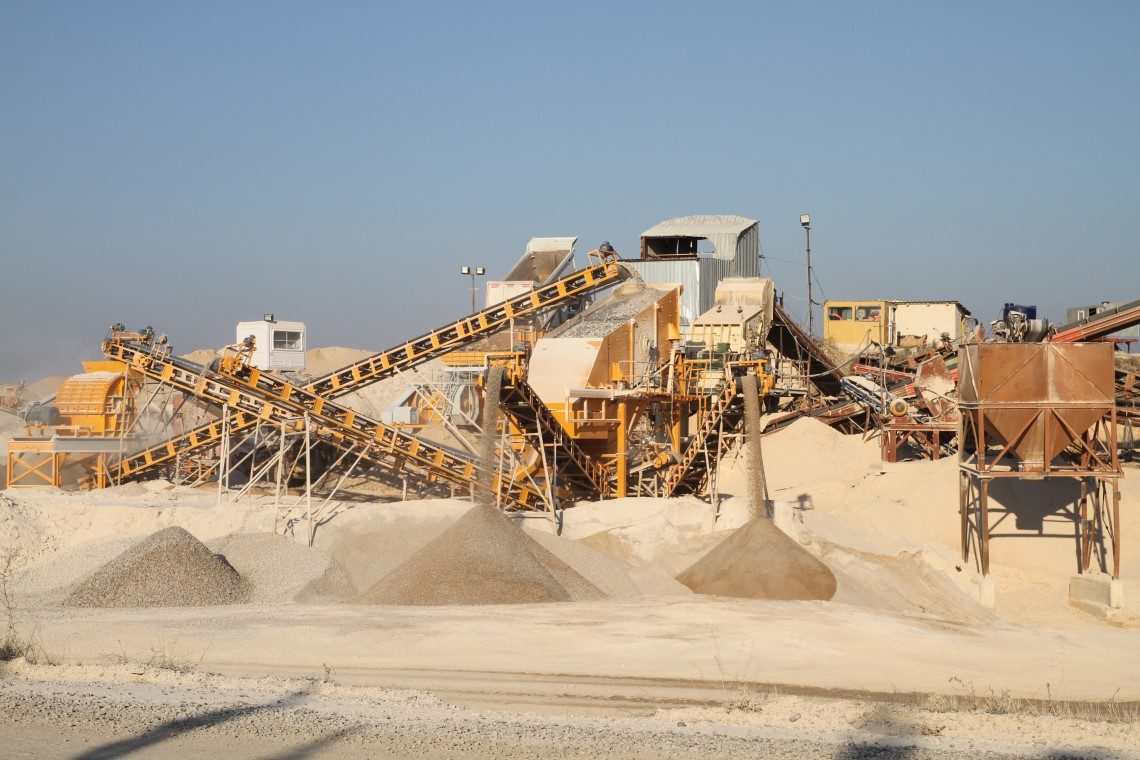 The Feature of Stone Crushing Screening Plants