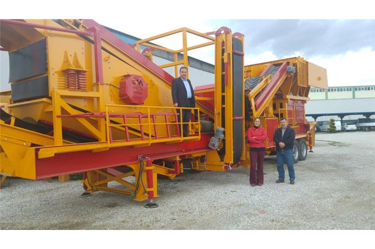mobile-stone-crushing-screening-facility-sold.jpg